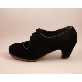 Flamencoschuhe Modell Carmen doppelte Breite Veloursleder Schwarz Gerade 5 cm